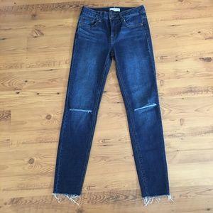 Harper Heritage Mid Rise Skinny Jeans Size 25